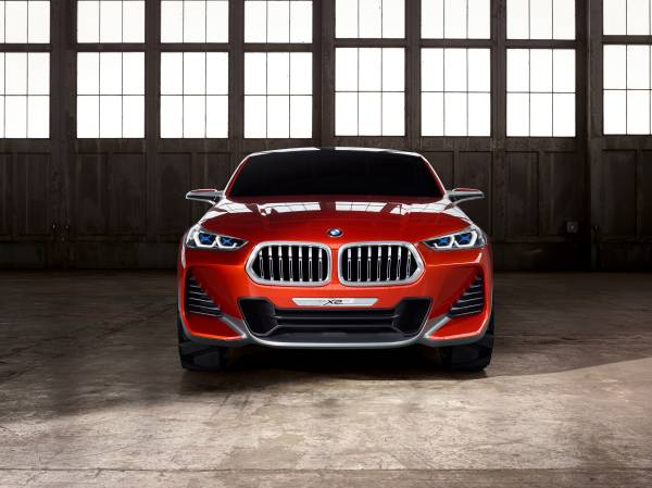 BMW Concept X2 unveiled in Paris – it's the 'X1 Coupe' Image #556995