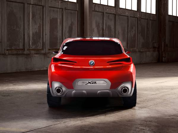 BMW Concept X2 unveiled in Paris – it's the 'X1 Coupe' Image #556997