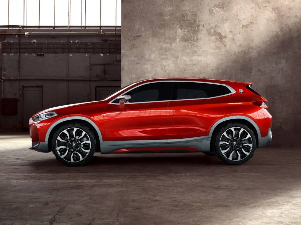 BMW Concept X2 unveiled in Paris – it's the 'X1 Coupe' Image #557001