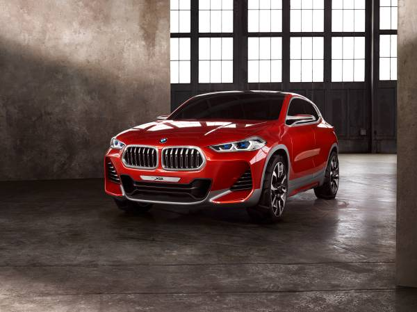 BMW Concept X2 unveiled in Paris – it's the 'X1 Coupe' Image #557003