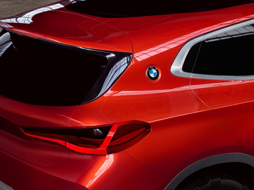 BMW Concept X2 unveiled in Paris – it's the 'X1 Coupe' Image #557034