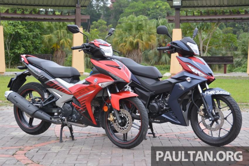 Honda RS150R vs Yamaha Y15ZR – Dua model terhangat bersemuka dalam segmen kapcai sports Image #549569