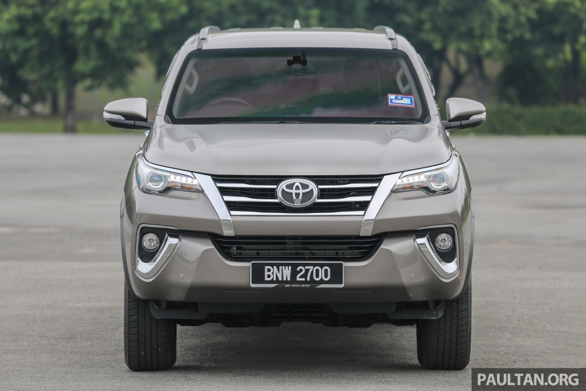 GALLERY: 2016 Toyota Hilux 2.8G, Fortuner 2.7 SRZ Image #543542