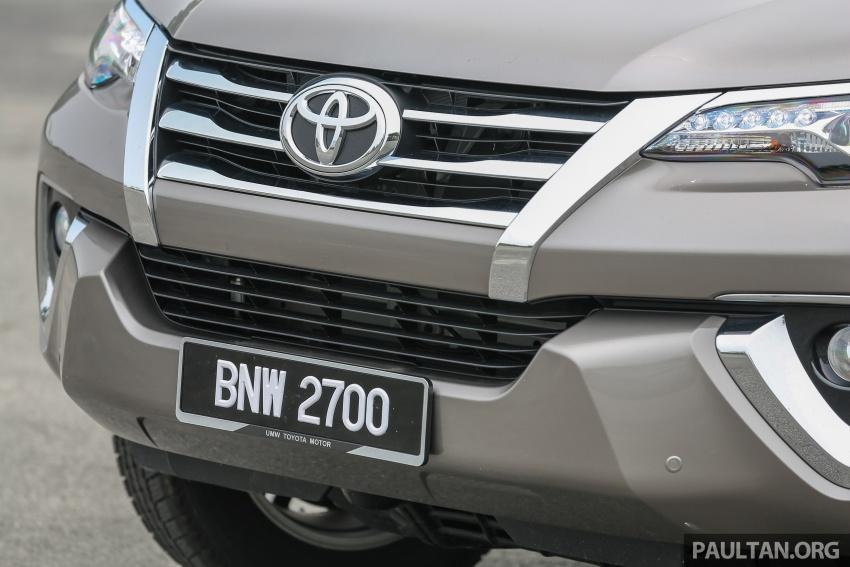 GALLERY: 2016 Toyota Hilux 2.8G, Fortuner 2.7 SRZ Image #543555
