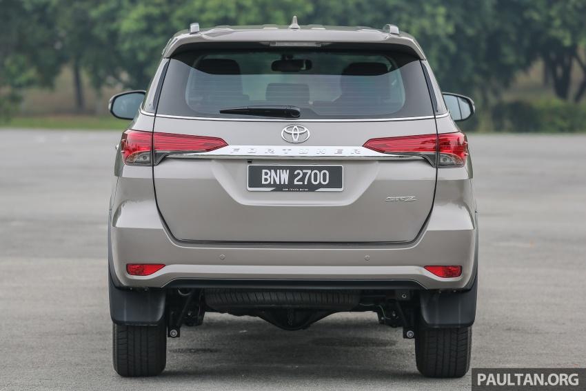 GALLERY: 2016 Toyota Hilux 2.8G, Fortuner 2.7 SRZ Image #543567