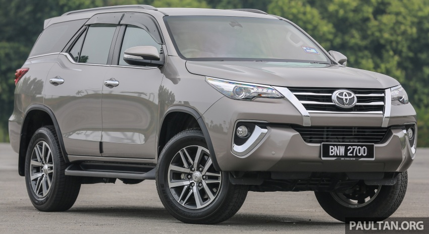 GALLERY: 2016 Toyota Hilux 2.8G, Fortuner 2.7 SRZ Image #543545