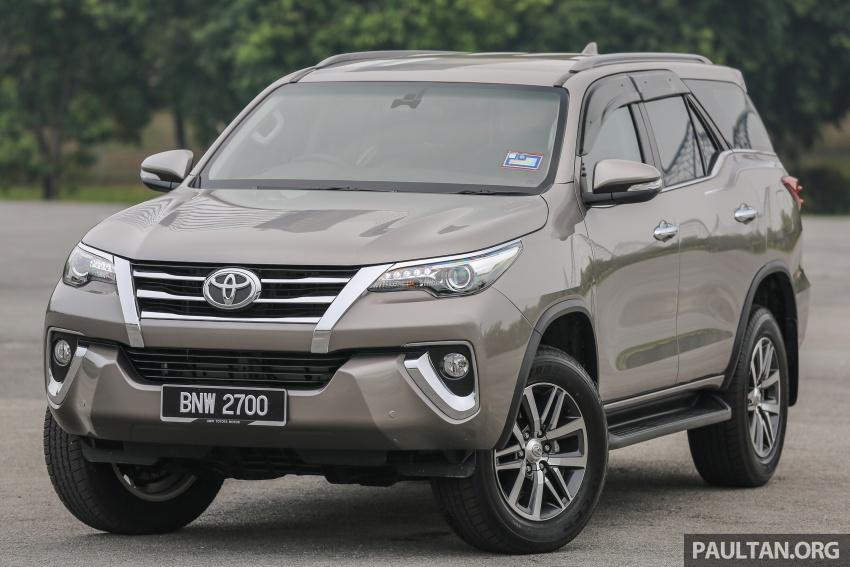 GALLERY: 2016 Toyota Hilux 2.8G, Fortuner 2.7 SRZ Image #543546
