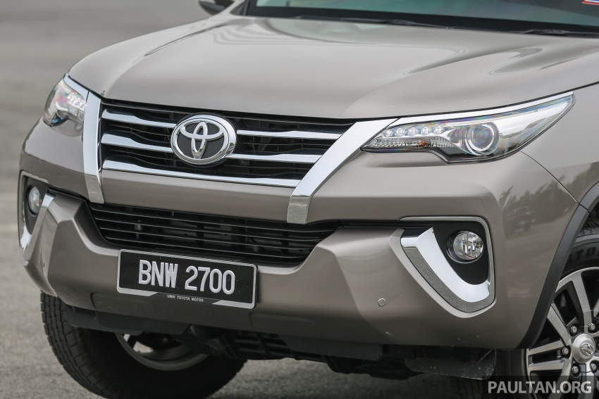 GALLERY: 2016 Toyota Hilux 2.8G, Fortuner 2.7 SRZ Image #543549