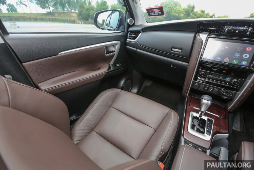 GALLERY: 2016 Toyota Hilux 2.8G, Fortuner 2.7 SRZ Image #543633