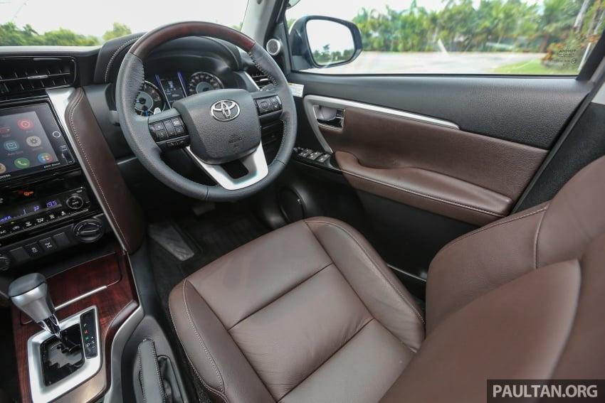 GALLERY: 2016 Toyota Hilux 2.8G, Fortuner 2.7 SRZ Image #543634