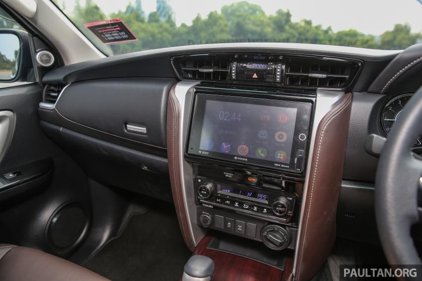 GALLERY: 2016 Toyota Hilux 2.8G, Fortuner 2.7 SRZ Image #543599