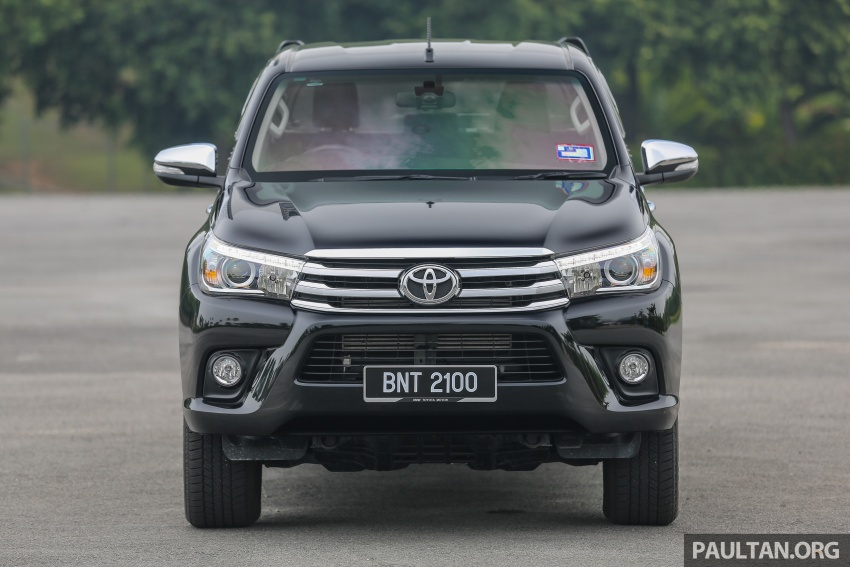 GALLERY: 2016 Toyota Hilux 2.8G, Fortuner 2.7 SRZ Image #543446