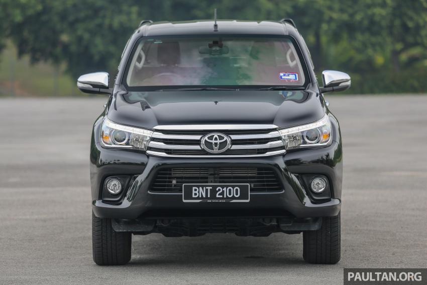 GALLERY: 2016 Toyota Hilux 2.8G, Fortuner 2.7 SRZ Image #543446