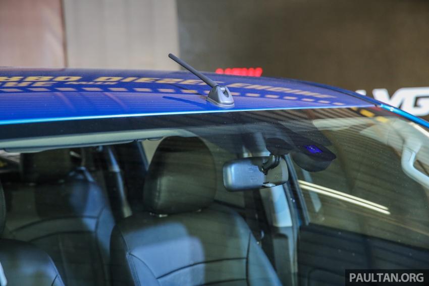 Mitsubishi Triton VGT dipertingkat dilancarkan- 2.4L MIVEC Turbodiesel, 181 PS/430 Nm, varian X baharu Image #544741