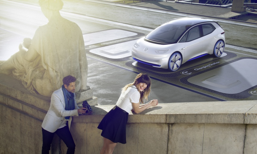 Volkswagen ID. concept previews new electric vehicle – 600 km range, on sale in 2020, autonomous in 2025 Image #557215