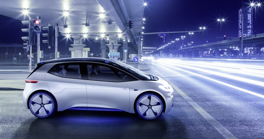 Volkswagen ID. concept previews new electric vehicle – 600 km range, on sale in 2020, autonomous in 2025 Image #557219