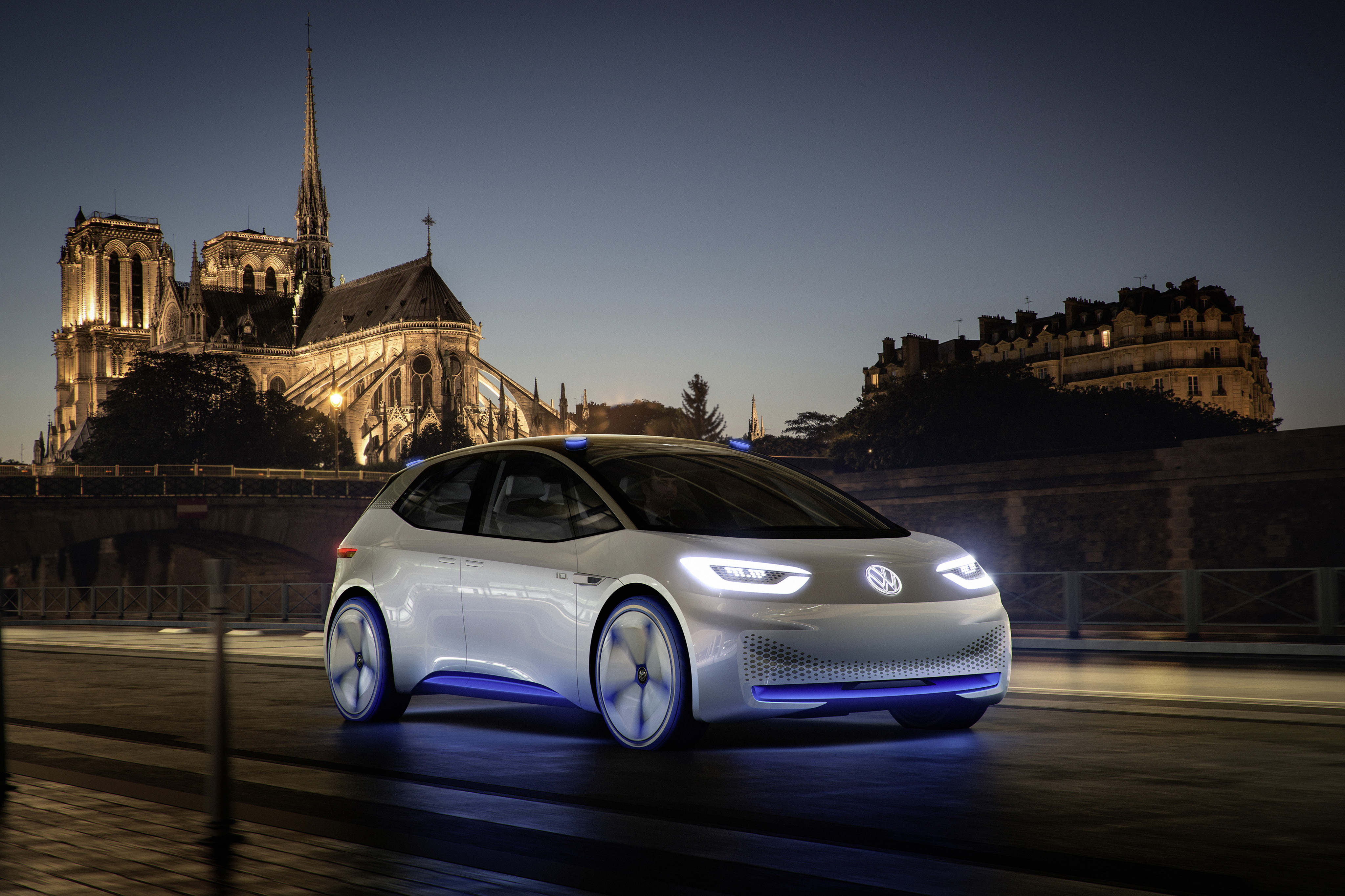 Volkswagen ID. concept previews new electric vehicle – 600 km range, on sale in 2020, autonomous in 2025 Image #557208