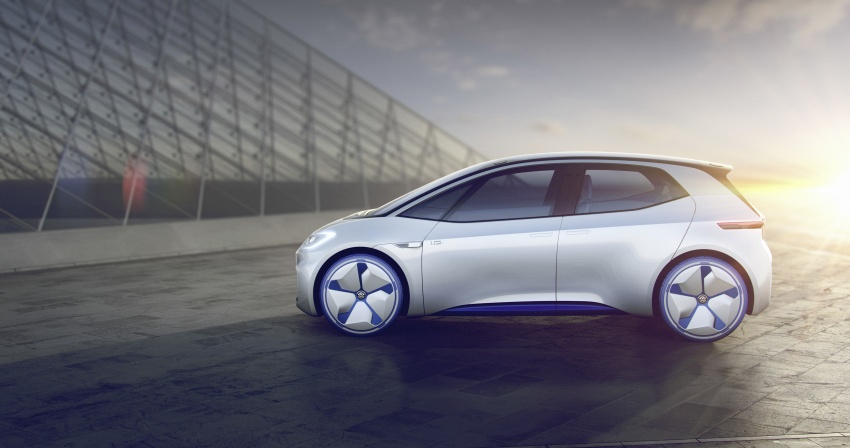 Volkswagen ID. concept previews new electric vehicle – 600 km range, on sale in 2020, autonomous in 2025 Image #557209