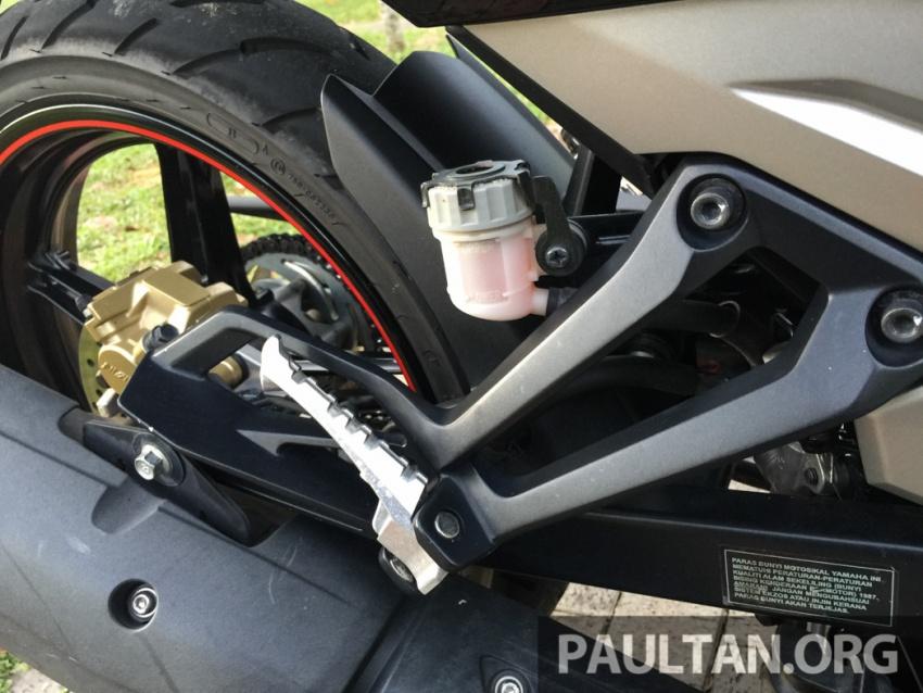 Honda RS150R vs Yamaha Y15ZR – Dua model terhangat bersemuka dalam segmen kapcai sports Image #549552