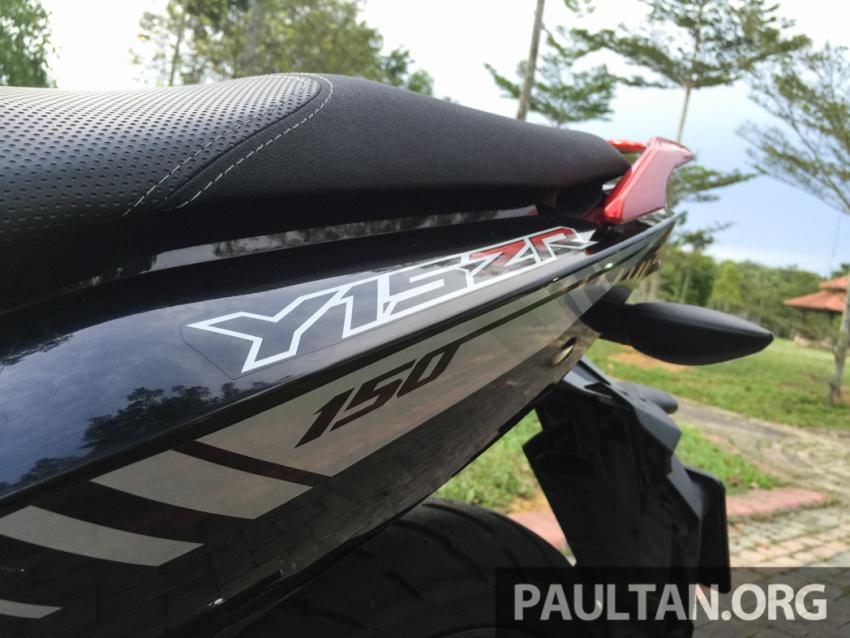 Honda RS150R vs Yamaha Y15ZR – Dua model terhangat bersemuka dalam segmen kapcai sports Image #549538