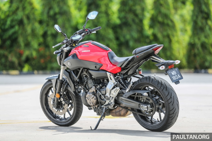 REVIEW: 2016 Yamaha MT-07 – a hooligan bike in commuter clothing, with some touring on the side Image #551052