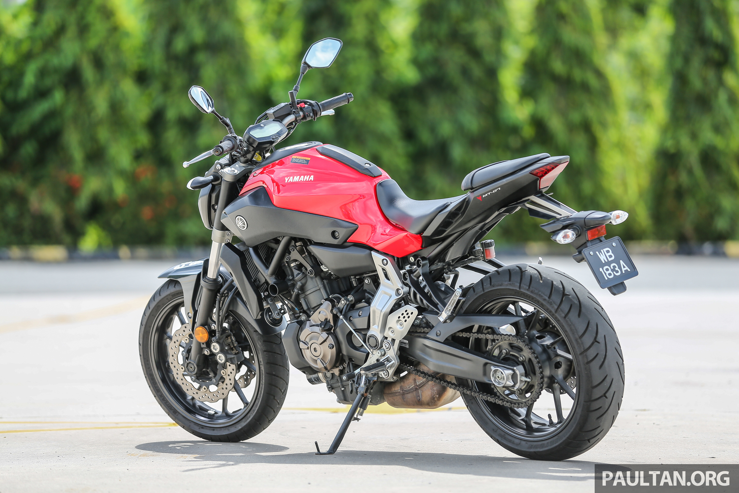 REVIEW: 2016 Yamaha MT-07 – a hooligan bike in commuter ...