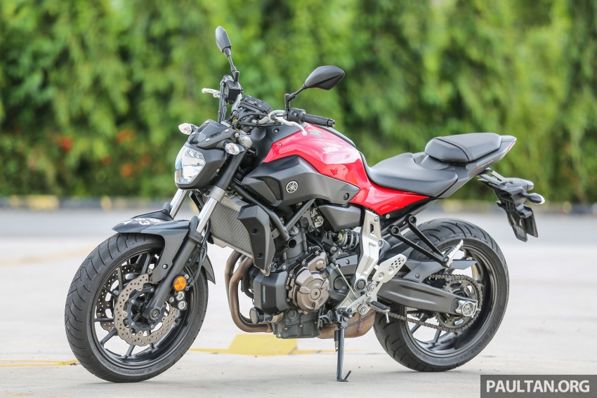 REVIEW: 2016 Yamaha MT-07 – a hooligan bike in commuter clothing, with some touring on the side Image #551068
