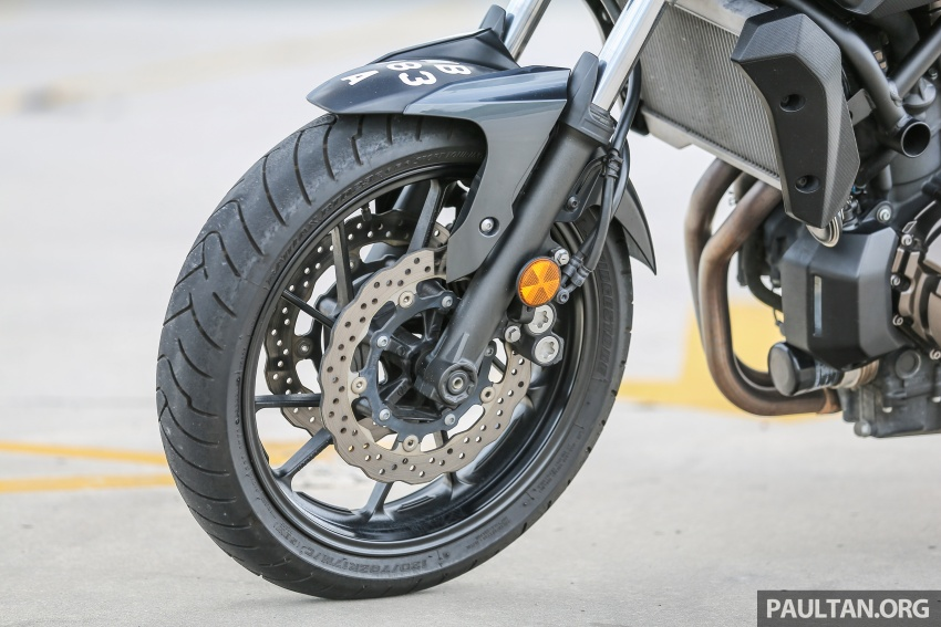 REVIEW: 2016 Yamaha MT-07 – a hooligan bike in commuter clothing, with some touring on the side Image #551070