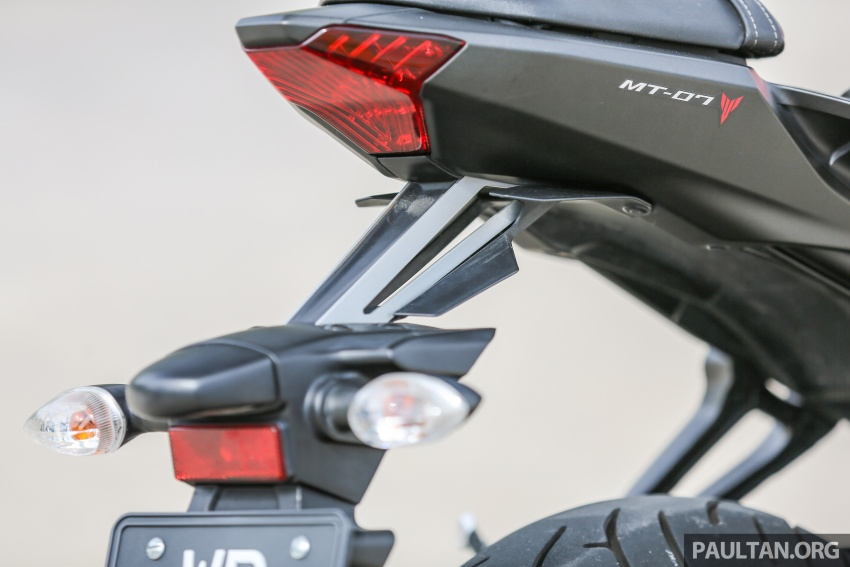 REVIEW: 2016 Yamaha MT-07 – a hooligan bike in commuter clothing, with some touring on the side Image #551079