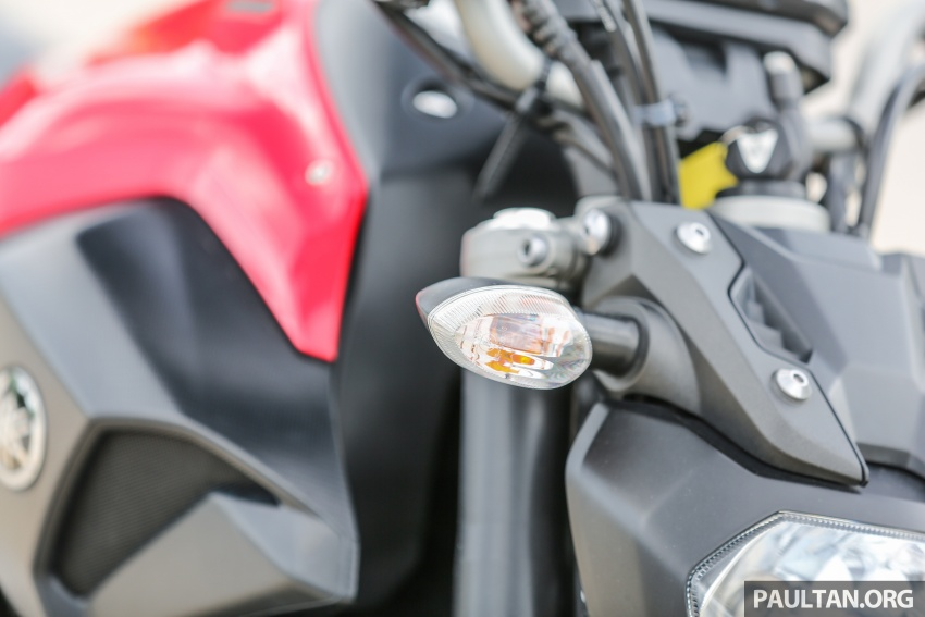 REVIEW: 2016 Yamaha MT-07 – a hooligan bike in commuter clothing, with some touring on the side Image #551032