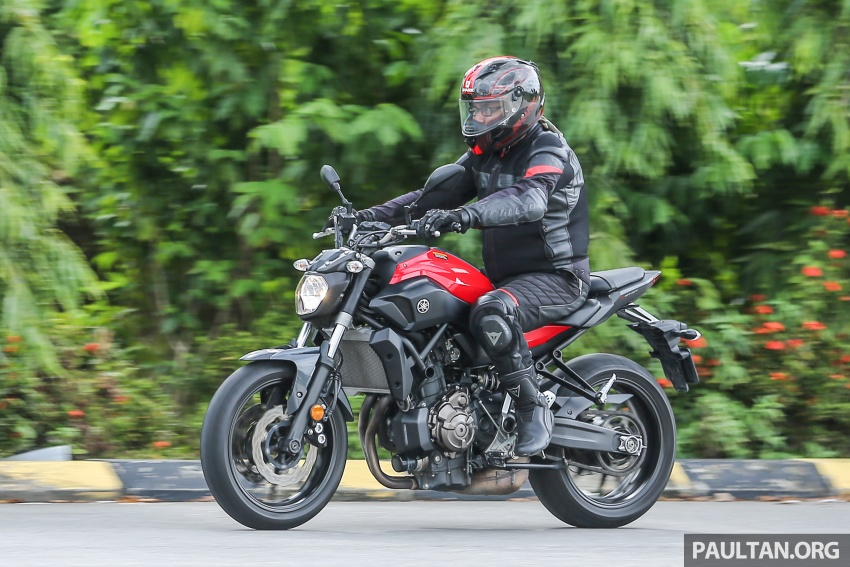 REVIEW: 2016 Yamaha MT-07 – a hooligan bike in commuter clothing, with some touring on the side Image #551098