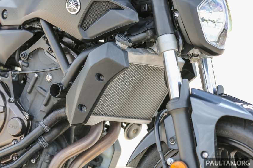 REVIEW: 2016 Yamaha MT-07 – a hooligan bike in commuter clothing, with some touring on the side Image #551035
