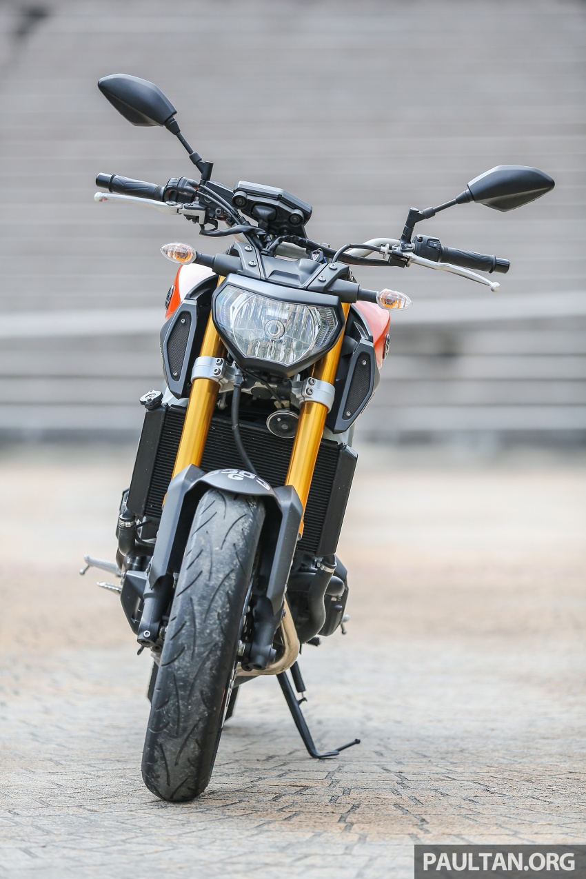 REVIEW: 2015 Yamaha MT-09 – more is always better? Image #557555