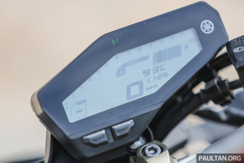 REVIEW: 2015 Yamaha MT-09 – more is always better? Image #557567