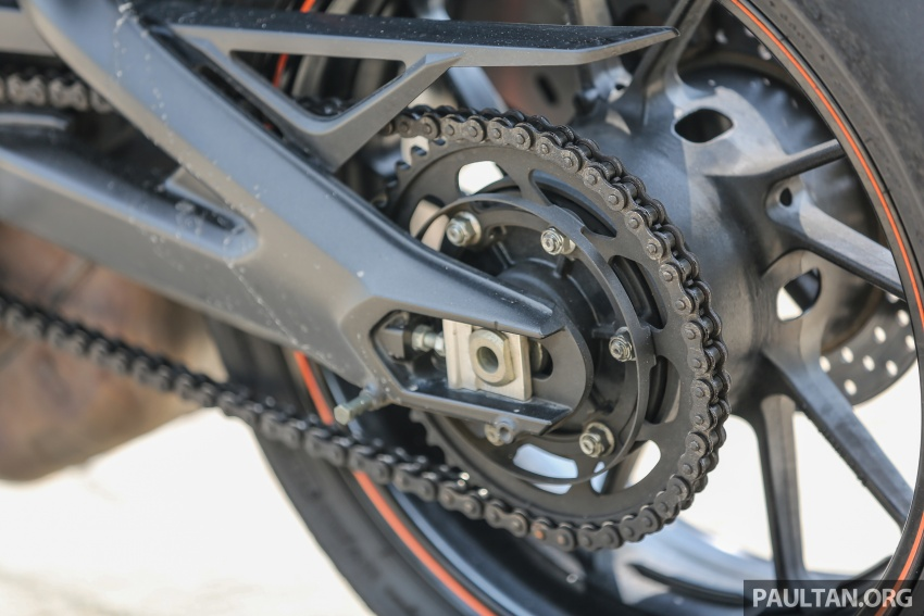 REVIEW: 2015 Yamaha MT-09 – more is always better? Image #557573