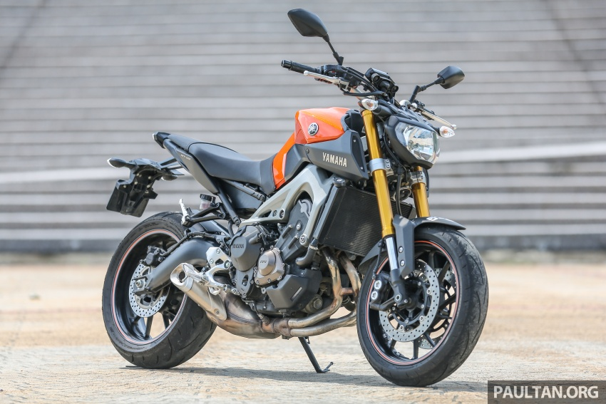 REVIEW: 2015 Yamaha MT-09 – more is always better? Image #557581