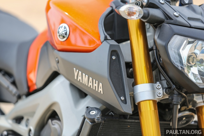 REVIEW: 2015 Yamaha MT-09 – more is always better? Image #557582