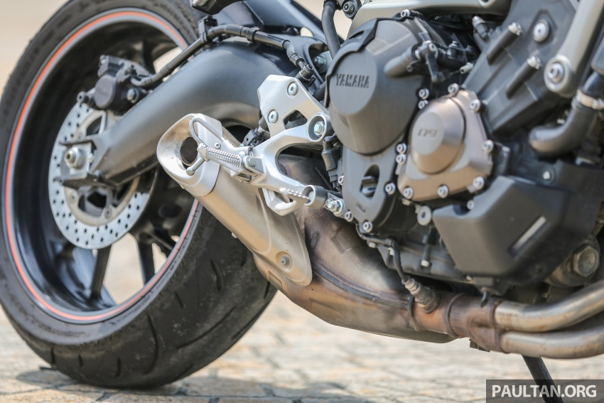 REVIEW: 2015 Yamaha MT-09 – more is always better? Image #557588