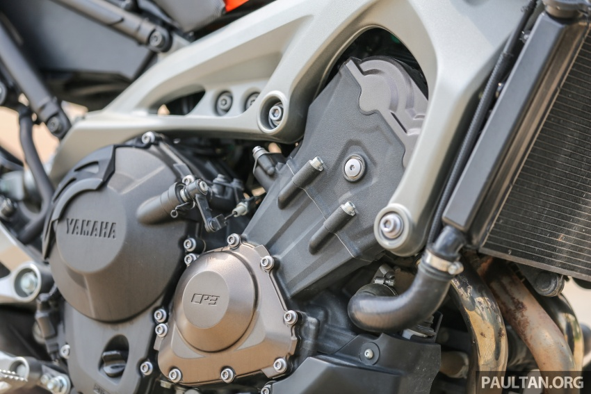 REVIEW: 2015 Yamaha MT-09 – more is always better? Image #557590