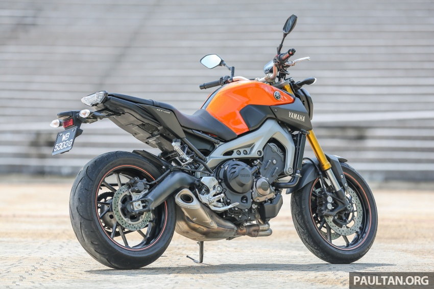 REVIEW: 2015 Yamaha MT-09 – more is always better? Image #557593