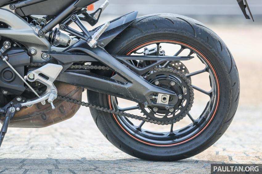 REVIEW: 2015 Yamaha MT-09 – more is always better? Image #557559