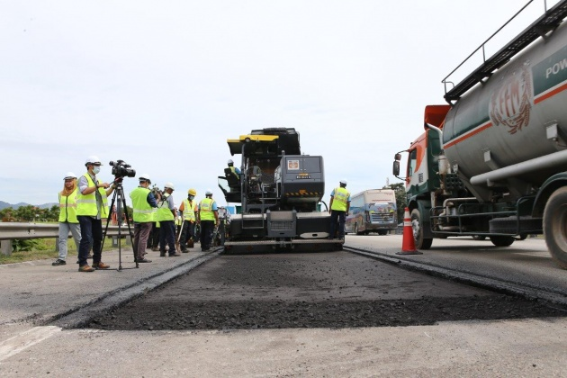 pavement-works-at-km440-sg-buaya-rawang-on-the-nse-3