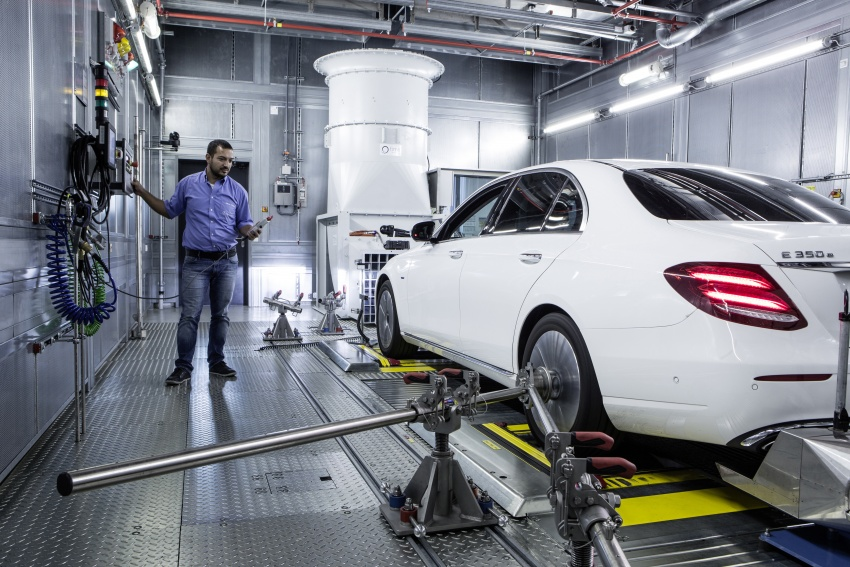 Mercedes-Benz reveals first details of new engine family – 48V, mild hybrid and electric turbo Image #571641