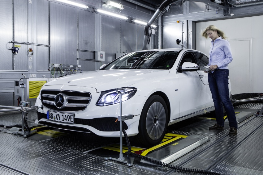 Mercedes-Benz reveals first details of new engine family – 48V, mild hybrid and electric turbo Image #571634