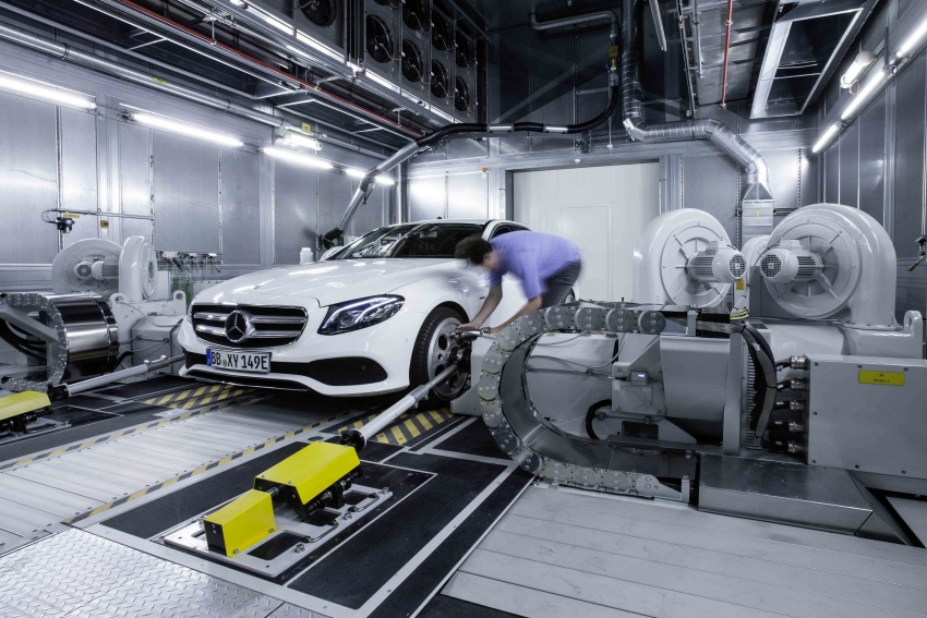 Mercedes-Benz reveals first details of new engine family – 48V, mild hybrid and electric turbo Image #571675