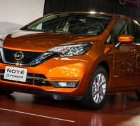 2017-nissan-note-production-started-3