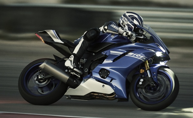 2017 yamaha yzf r6 launched the new supersport. Black Bedroom Furniture Sets. Home Design Ideas