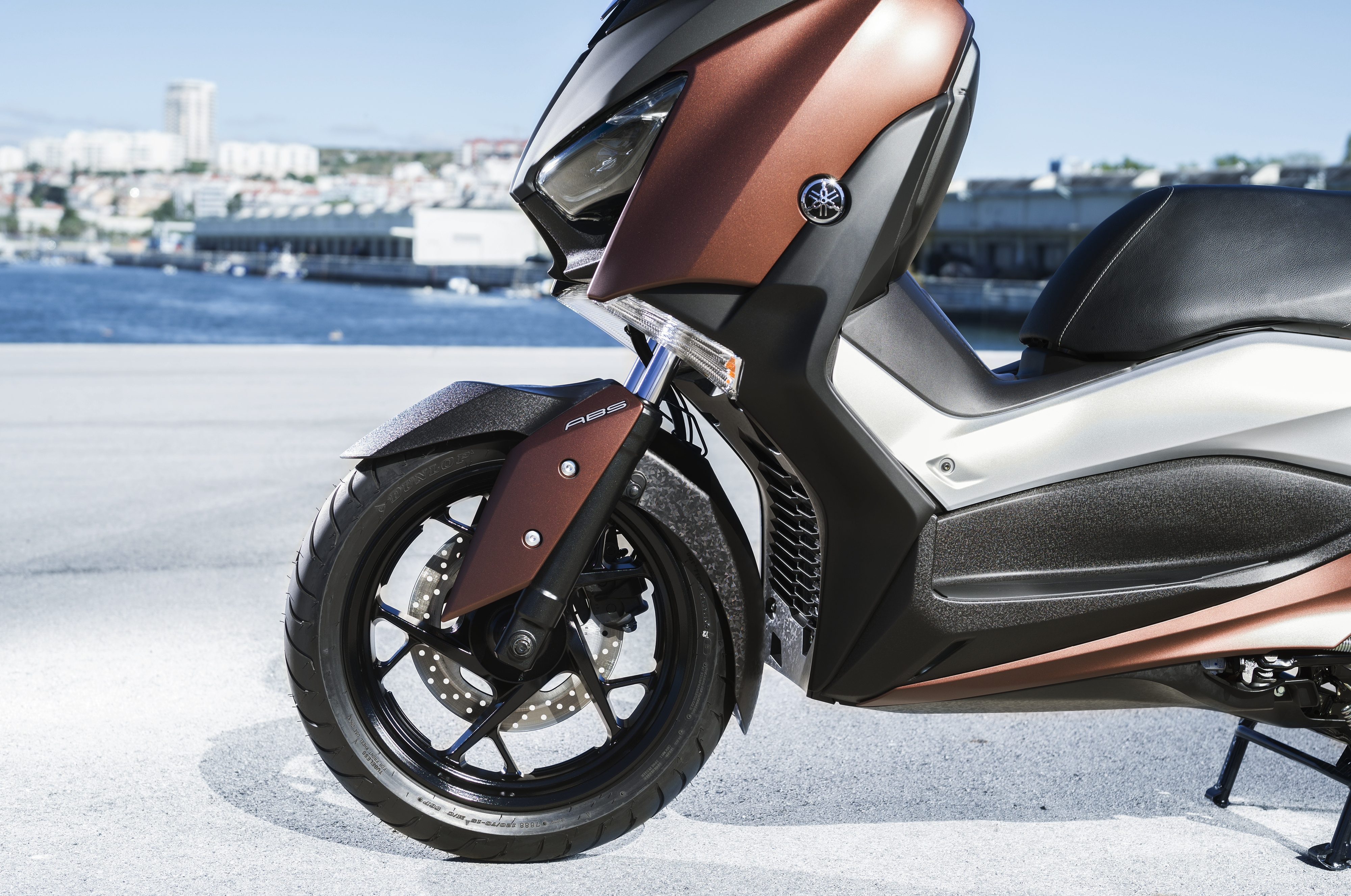 2017 yamaha x max 300 scooter launched in europe image 565673 for Yamaha xmax 300