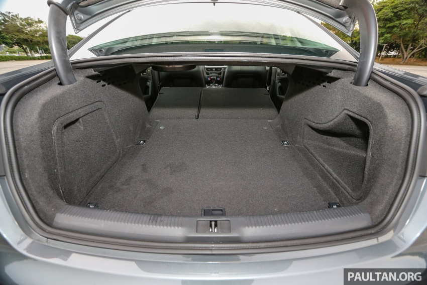 GALLERY: Audi A4 – current B9 vs previous-gen B8 Image #561089