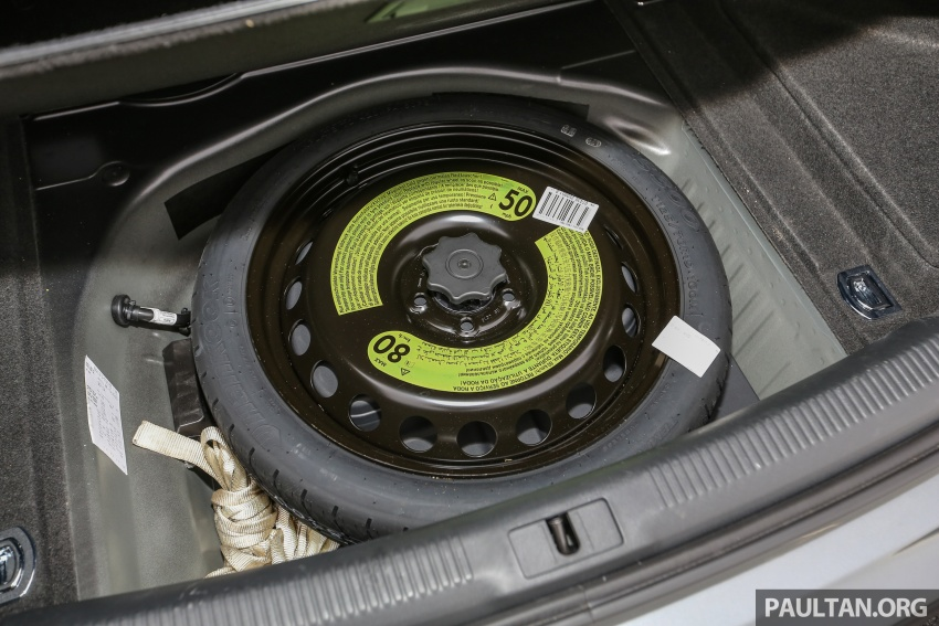 GALLERY: Audi A4 – current B9 vs previous-gen B8 Image #561090